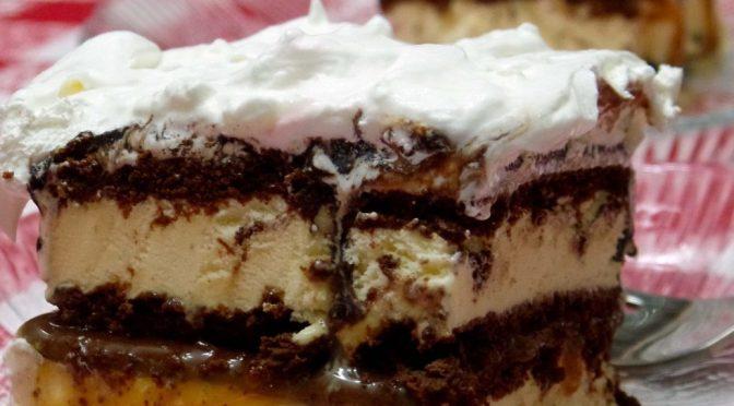 Ice Cream Sandwich Super Sundae Dessert