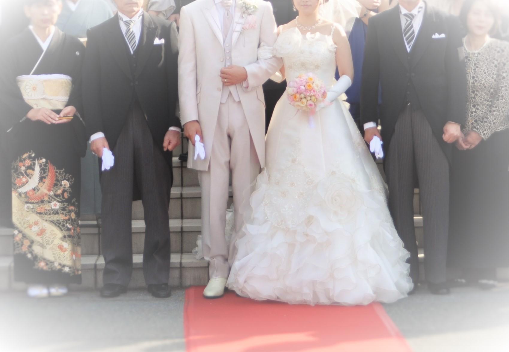 結婚式 ラフな格好
