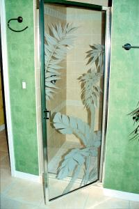 Showers | Etched Shower Glass | Etched Glass | Etched ...