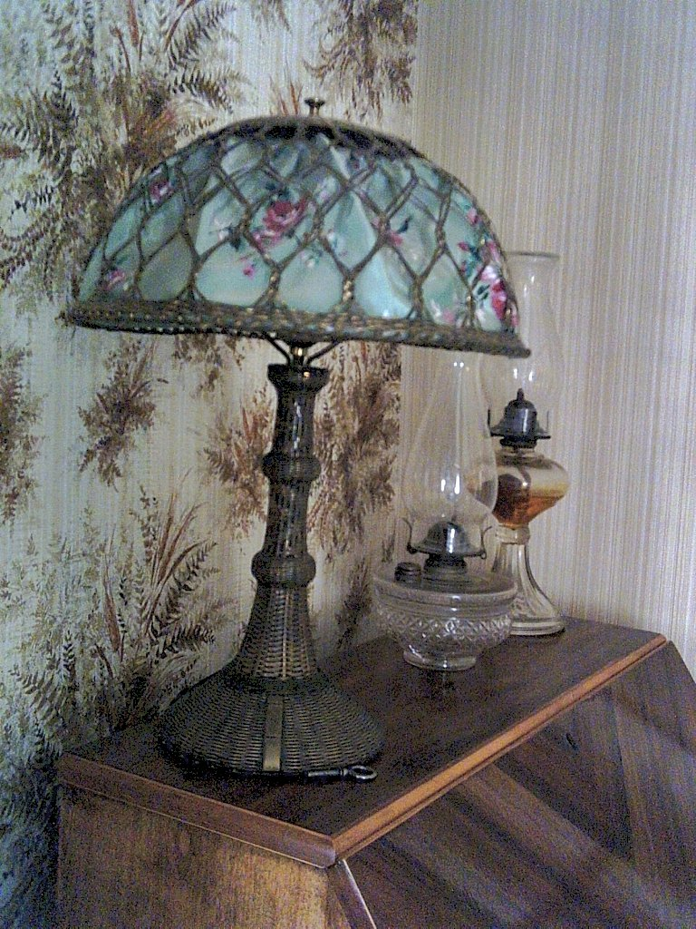 Diy Kerosene Lamp Tips And Tricks For Using Oil Lamps Preparedness Pro