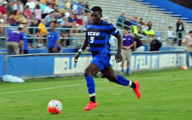 MSoc: San Diego hounded by UCSB defense, Selemani