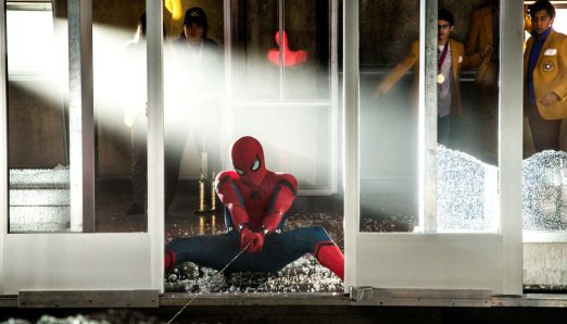 Spider-Man-Homecoming-(c)-2017-Sony-Pictures-(4)