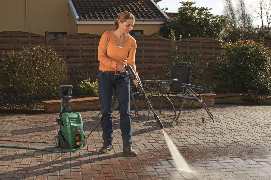 Karcher K4 Compact Home Karcher Vs Nilfisk Pressure Washer - What Rules The Game