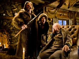 (L-R) KURT RUSSELL, JENNIFER JASON LEIGH, and BRUCE DERN star in THE HATEFUL EIGHT.  Photo: Andrew Cooper, SMPSP © 2015 The Weinstein Company. All Rights Reserved.