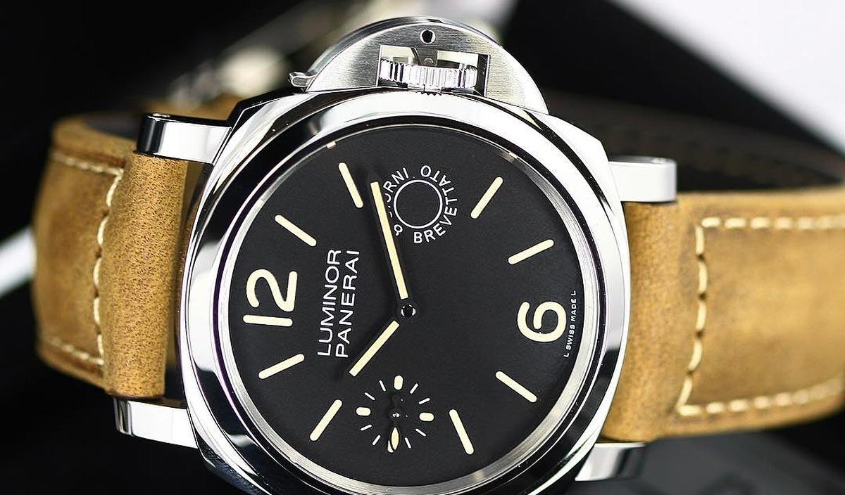 Vintage 8 Panerai Luminor 8 Days Modern Vintage Design