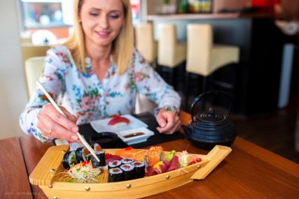 sushi moon-2866zr