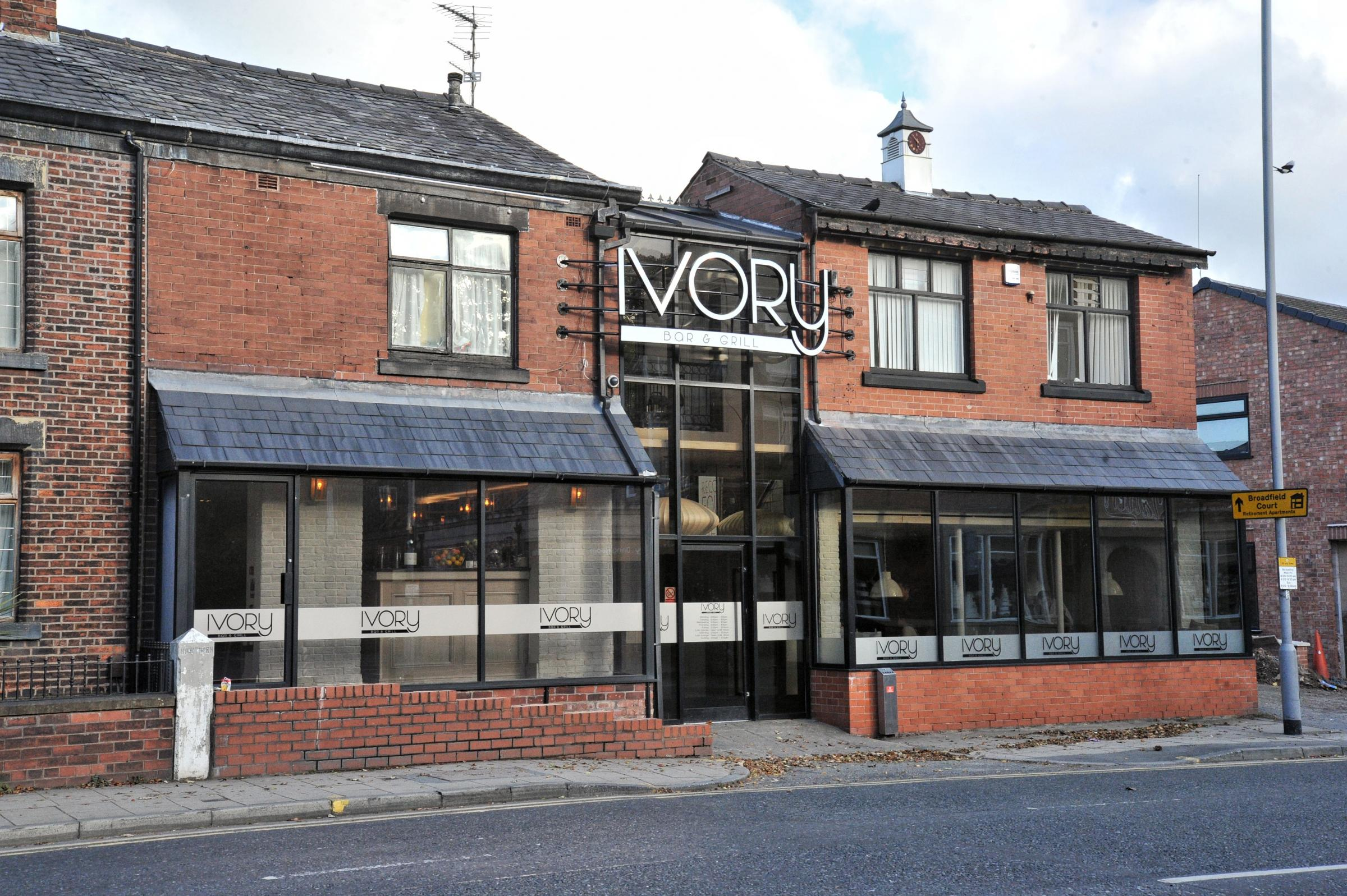 Amore Cucina And Bar Whitefield Manchester Take A Look Inside New Whitefield Restaurant Ivory Bar And Grill