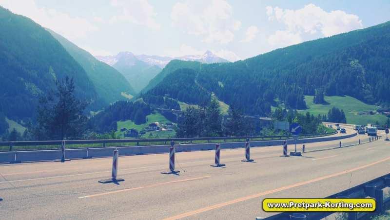 Camping Bella Italia - De route - uitzicht onderweg