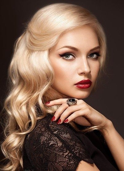 Blonde Curly Bob 14 Stunning Hairstyles For Women Pretty Designs