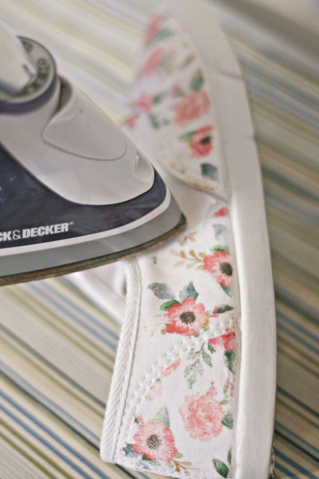 Iron On Diy Iron On Floral Tennies The Pretty Life Girls