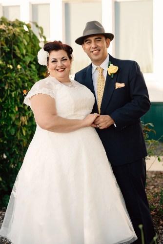 Plus Size Real Wedding | Vintage 50's Wedding in California | Rachel Lombardi Photography | Pretty Pear Bride