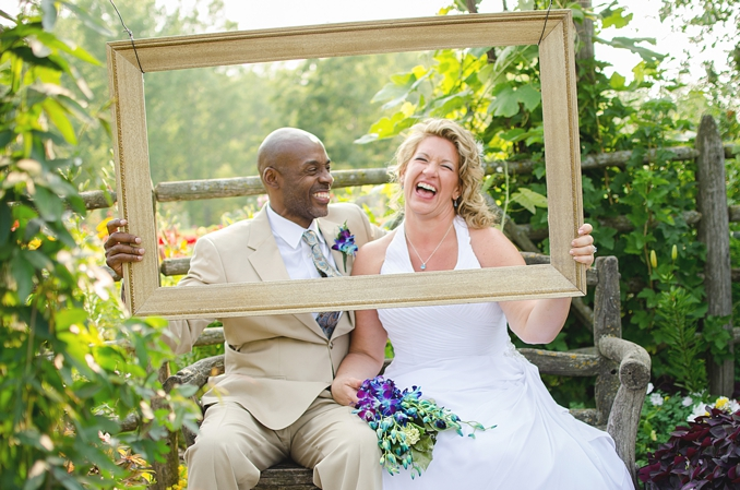 REAL WEDDING | Garden Luncheon Wedding in Green Bay, WI | Kat/Eye Studios | Pretty Pear Bride
