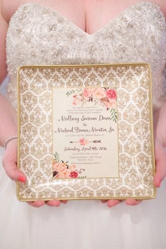 REAL WEDDING | Texas Wedding at Elmwood Gardens | Photography by Gema | Pretty Pear Bride