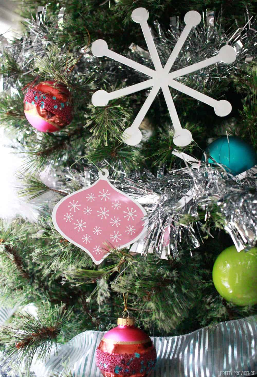 Diy Christmas Ornaments Diy Christmas Ornaments Holiday Decorations With Cricut