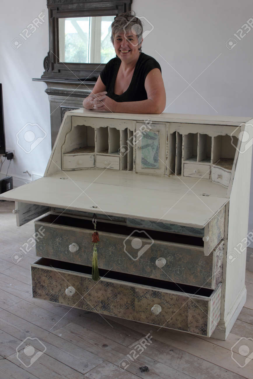 Bureau Studio An Artist Painting And Distressing A Bureau In Her Studio 2016