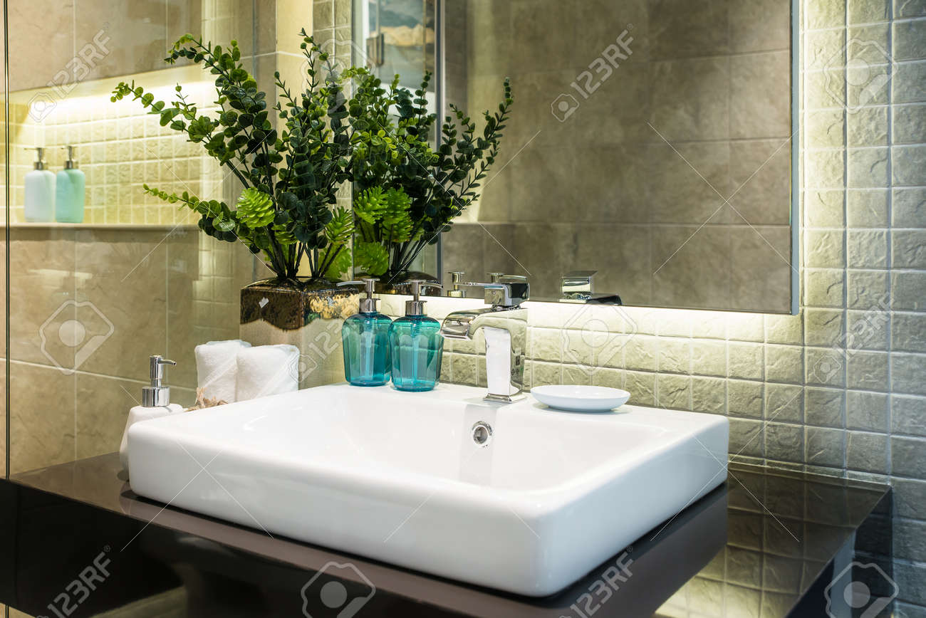 Waschbecken Modernes Design Stock Photo