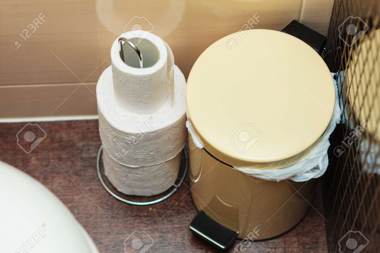 Small White Trash Can With Lid Bathroom Objects Small White Trash Can Standing Next To Toilet