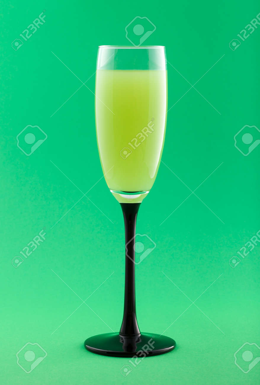 Greenery Pantone Alcoholic Cocktail And Beverage On Greenery Pantone Background
