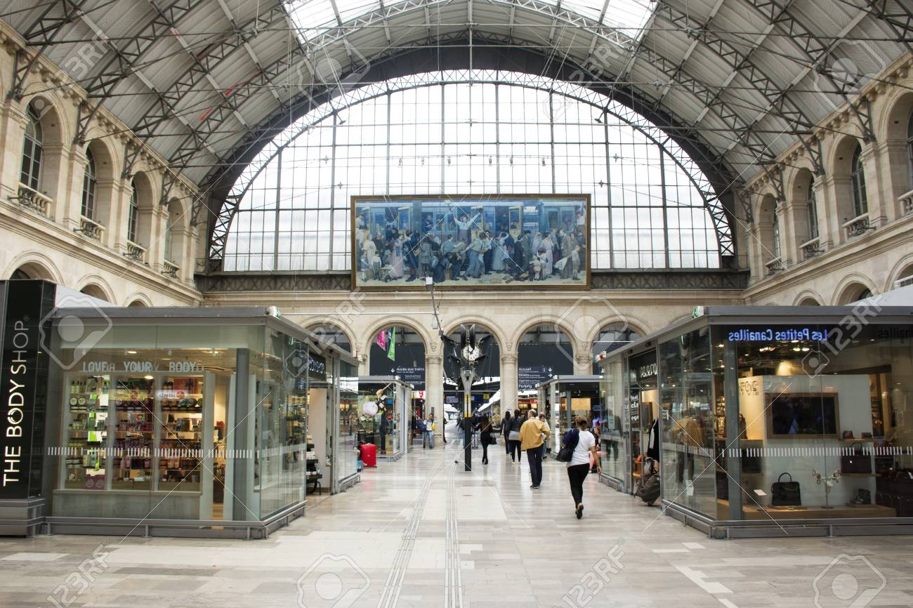 Gare De Paris French People And Foreigner Travlers Walking And Shopping At