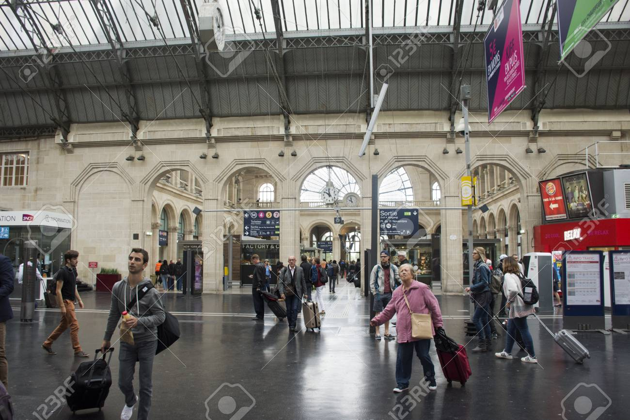 Gare De Paris French People And Foreigner Travlers Walking In Out And Wait