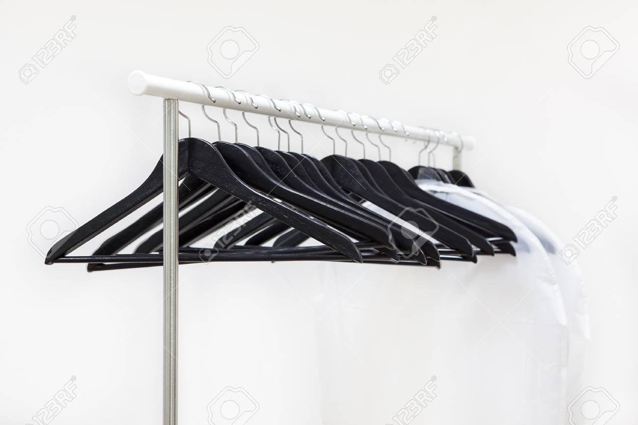 Kleider Aufhängen Minimalismus Mode Vii Mein Kleiderschrank à La