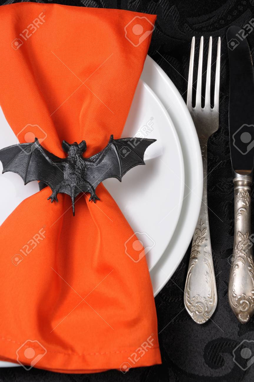 Serviette De Table Halloween The Idea Of How To Decorate The Napkin Bat On Halloween
