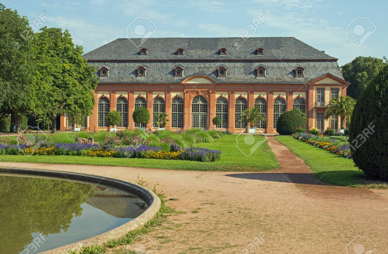 Pool Garten Hessen Orangerie And Orangerie Garden In Darmstadt Hesse Germany