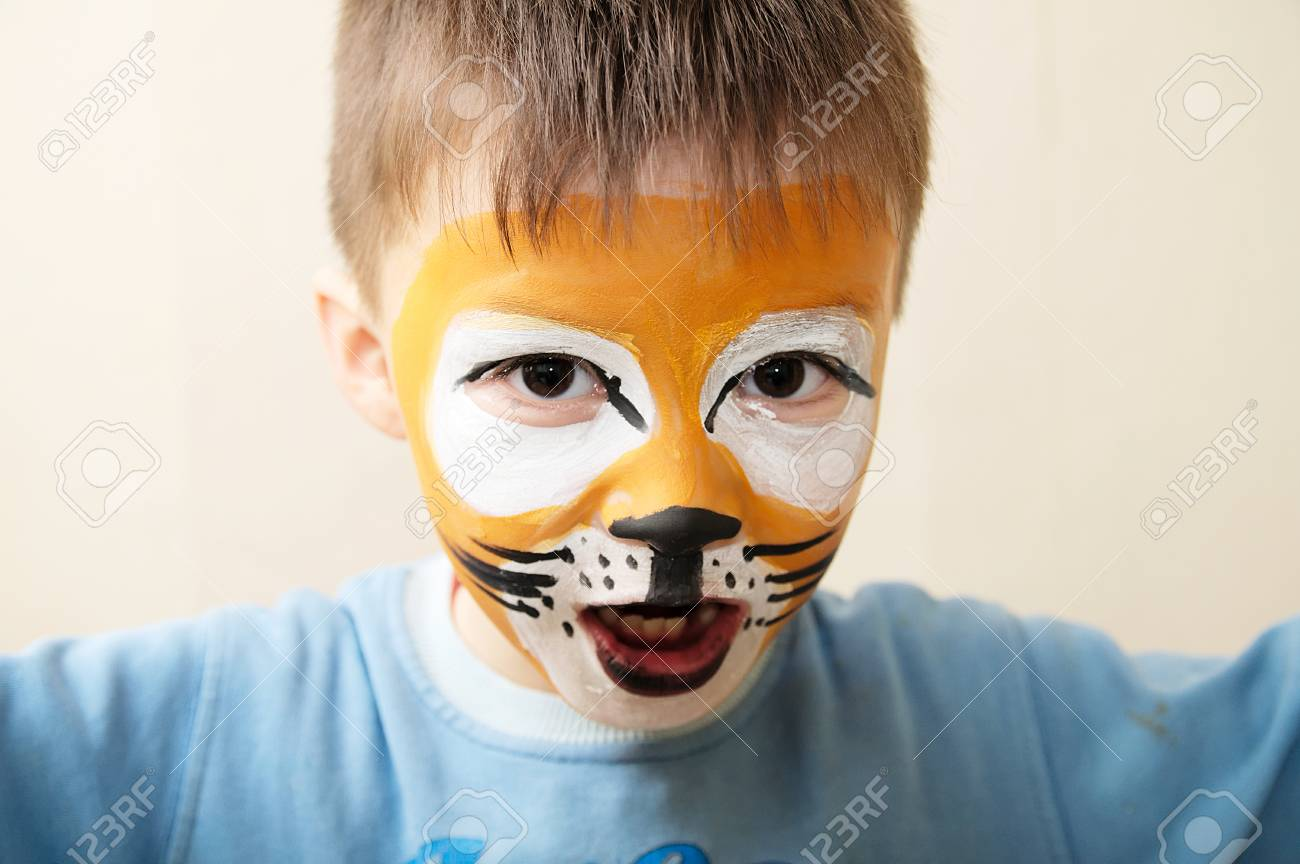 Kinderschminken Tiger Stock Photo