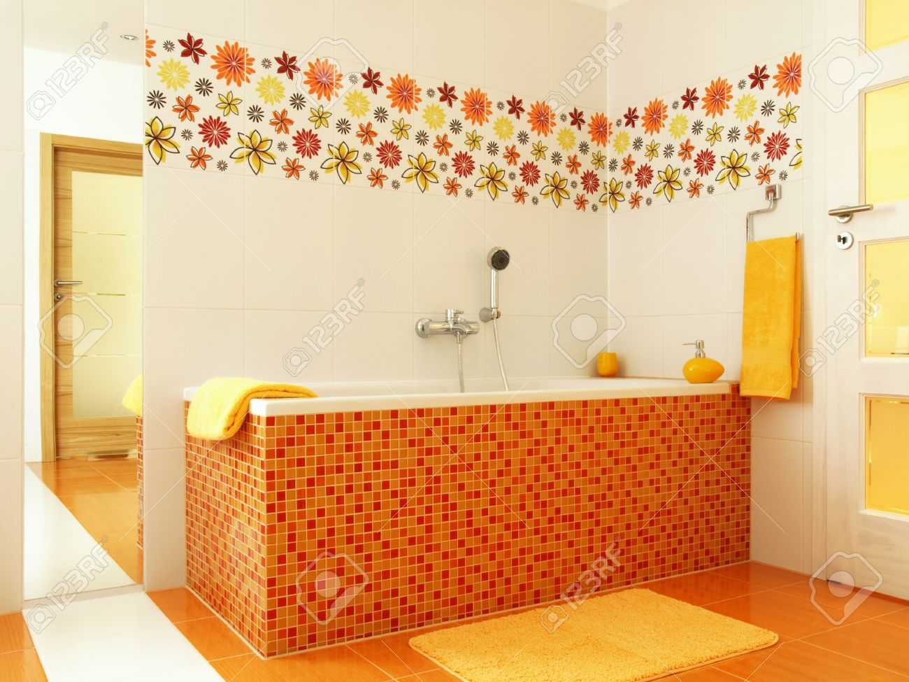 Badezimmer Gelb Stock Photo