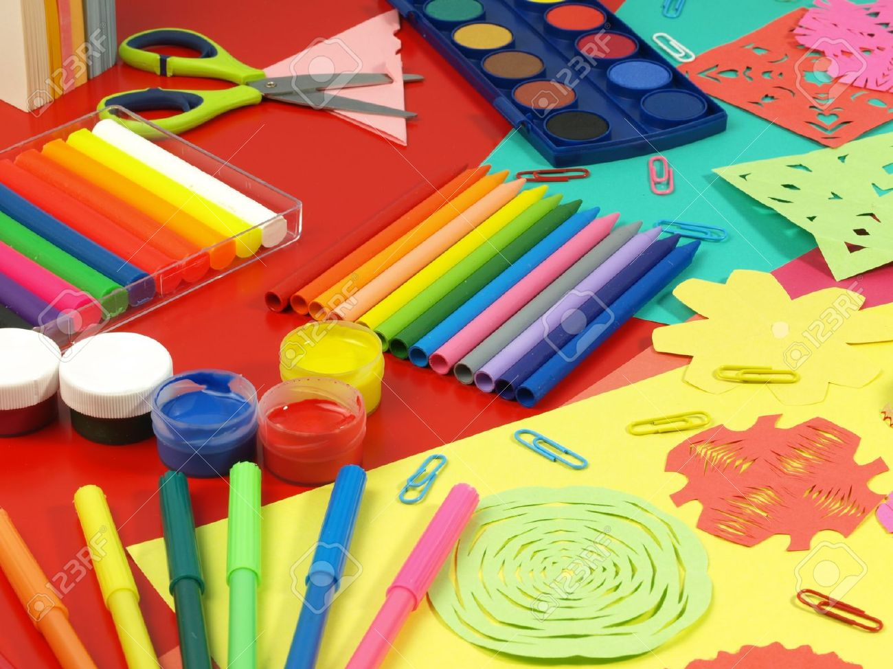 Childrens arts and crafts supplies - Download