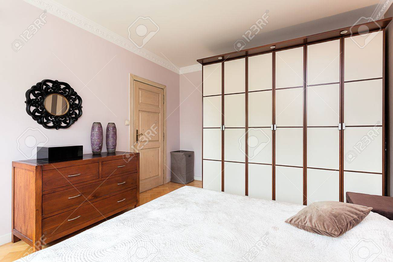 Trennwand Schlafzimmer Stock Photo