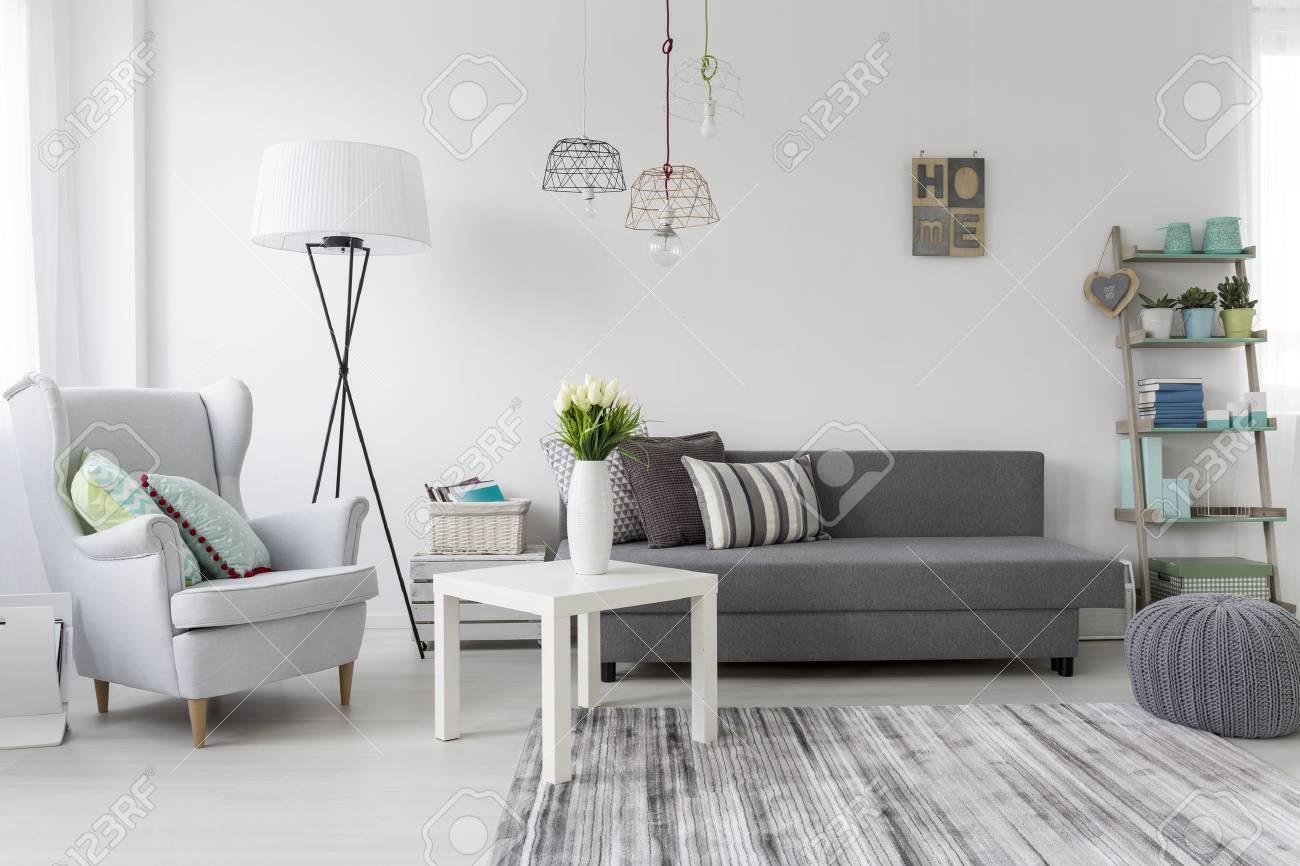 Fauteuil Salon Moderne | Mobilier De Jardin Scoubidou Aussi Résultat ...