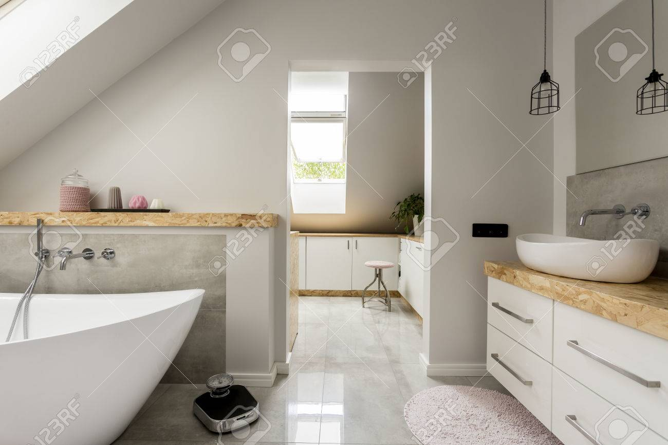 Badewanne Gewicht Stock Photo