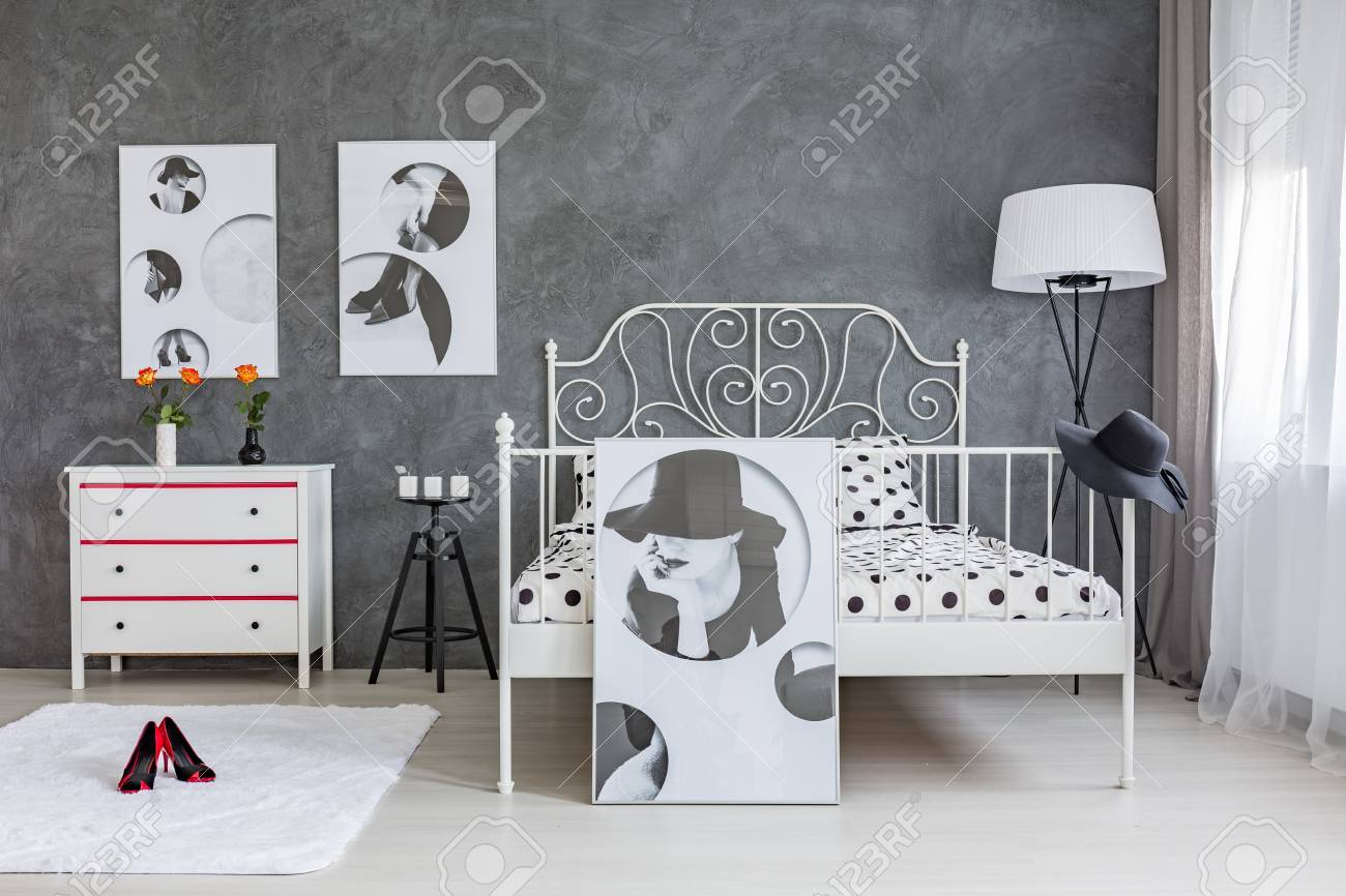 Grau Schlafzimmer Stock Photo