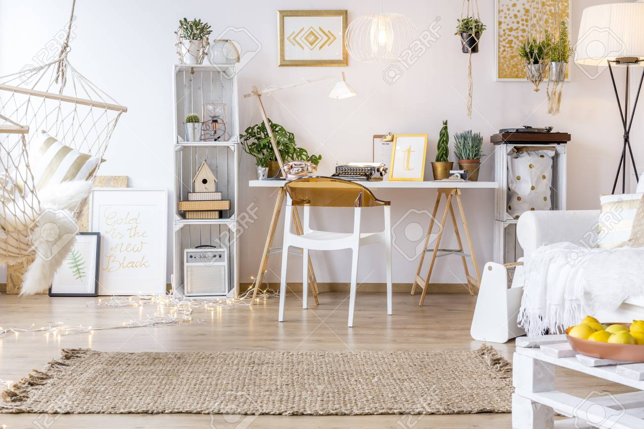 Boho Wohnzimmer Spacious Creative Boho Style Room With Hammock