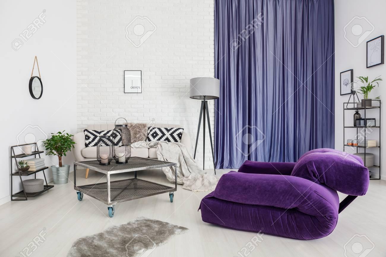 Tapis Salon Mauve | Tapis Design Moderne Noir Gris Blanc Mauve à ...