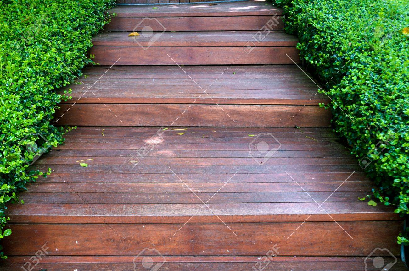 Garten Holz Treppe Stock Photo