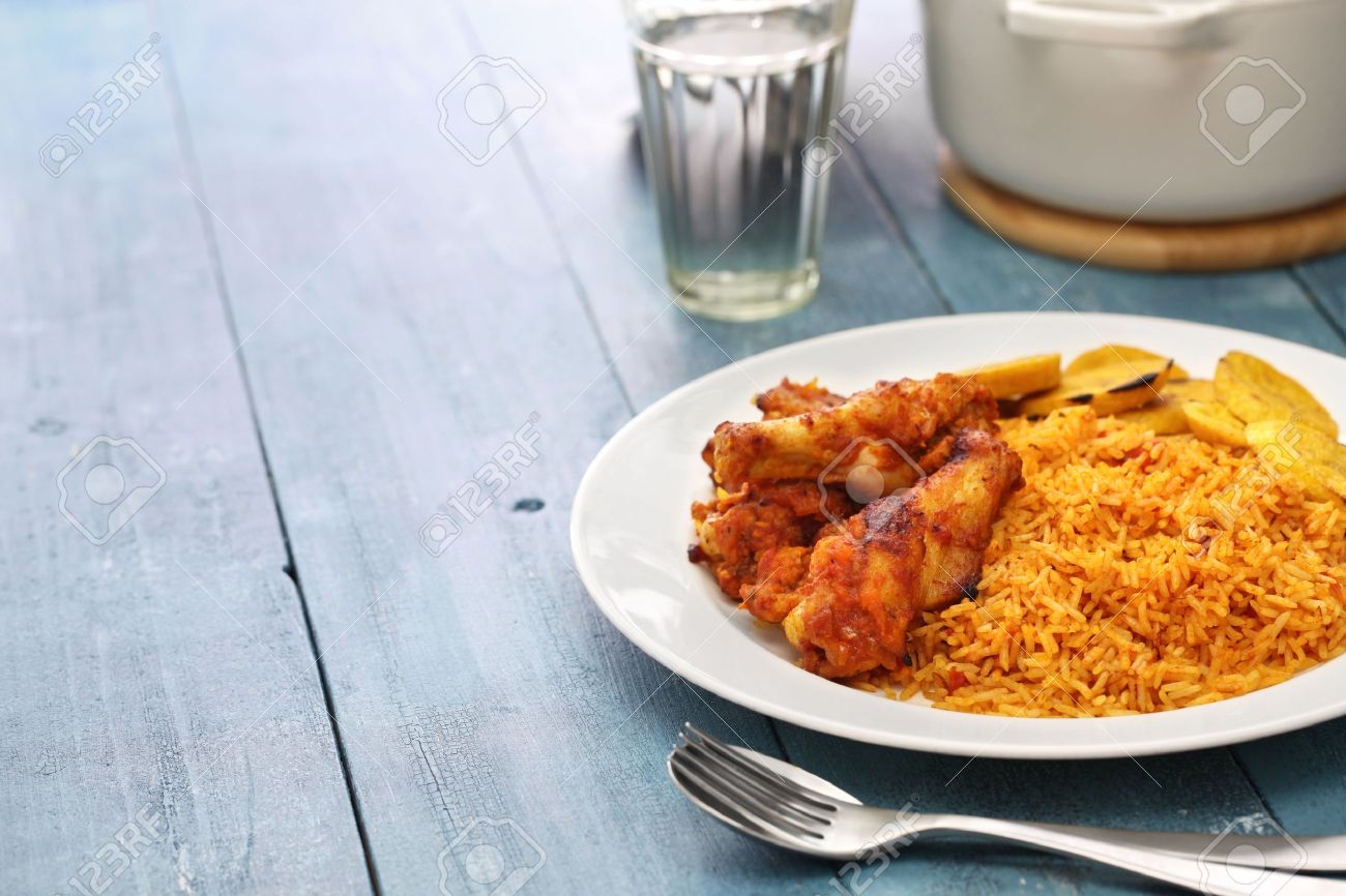 Cuisiner Le Plantain Jollof Rice With Chicken And Fried Plantain West African Cuisine