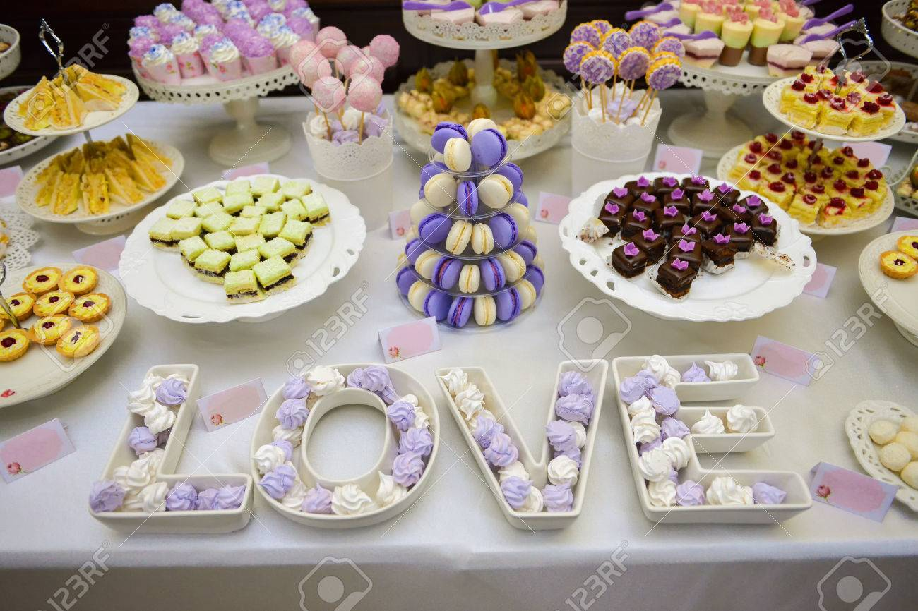 Cuisine Mauve Love Made With Marshmallows White And Mauve A Lot Of Candy On