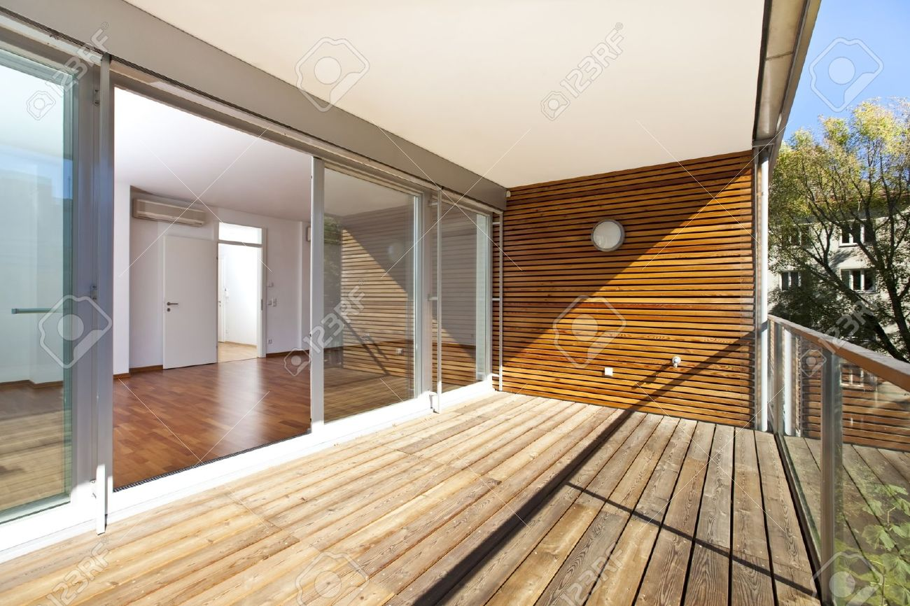 Holzboden Balkon Stock Photo