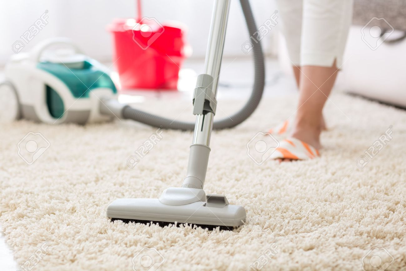 Carpet Cleaning Vacuum Suction Grey Carpet Cleaning With Vacuum Cleaner