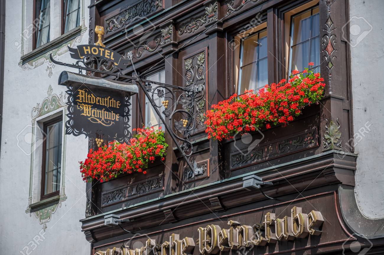 Balkon Inspiration Balkon With Flowers In Hotel Altdeutsche Weinstube Ruedesheim