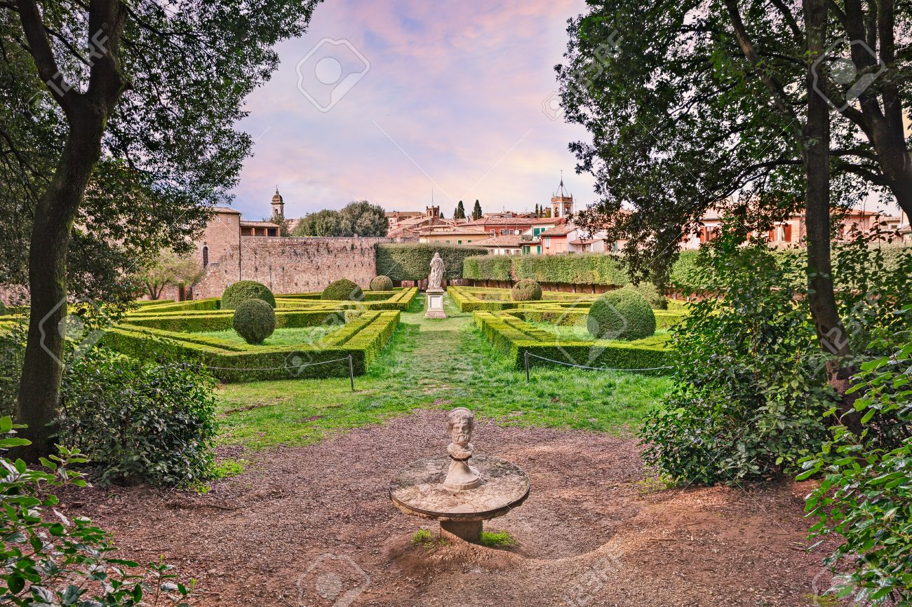 Giardino Italian The Public Garden Horti Leonini An Ancient