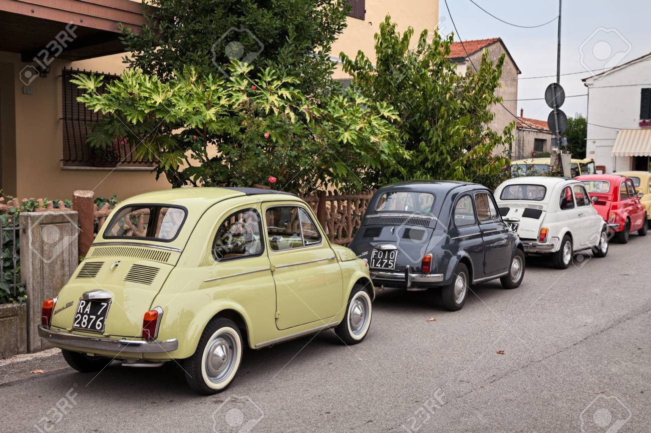 Auto Storiche Vintage Italian Cars Fiat 500 Parked During The Classic Car Rally
