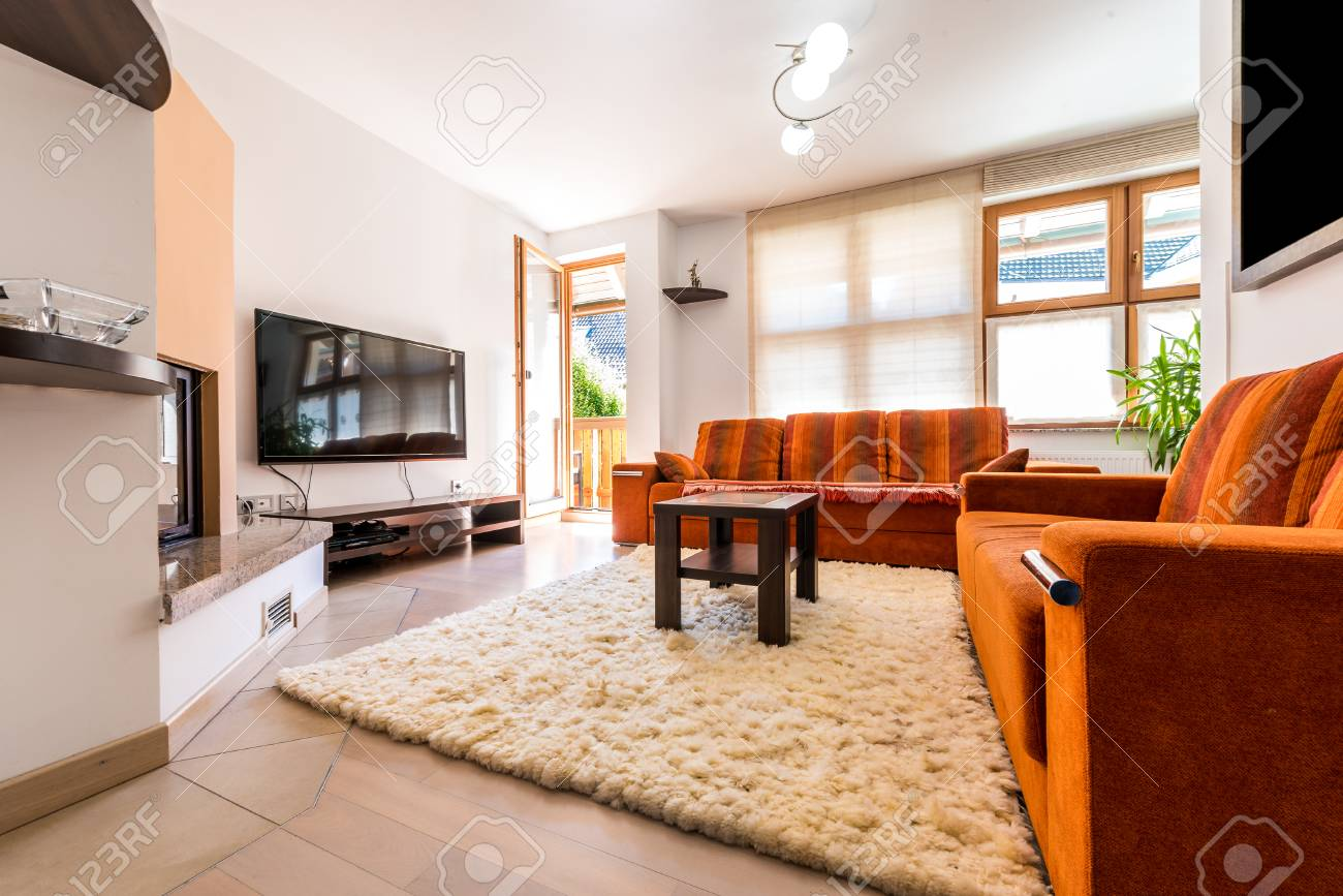 Moderne Sofas Und Sessel Stock Photo