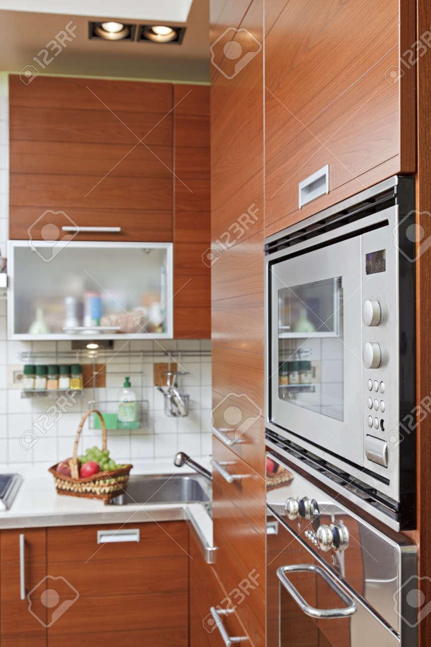 Mobili Pensili Cucina | Pensili Cucina Economici Idee Di Design Per ...