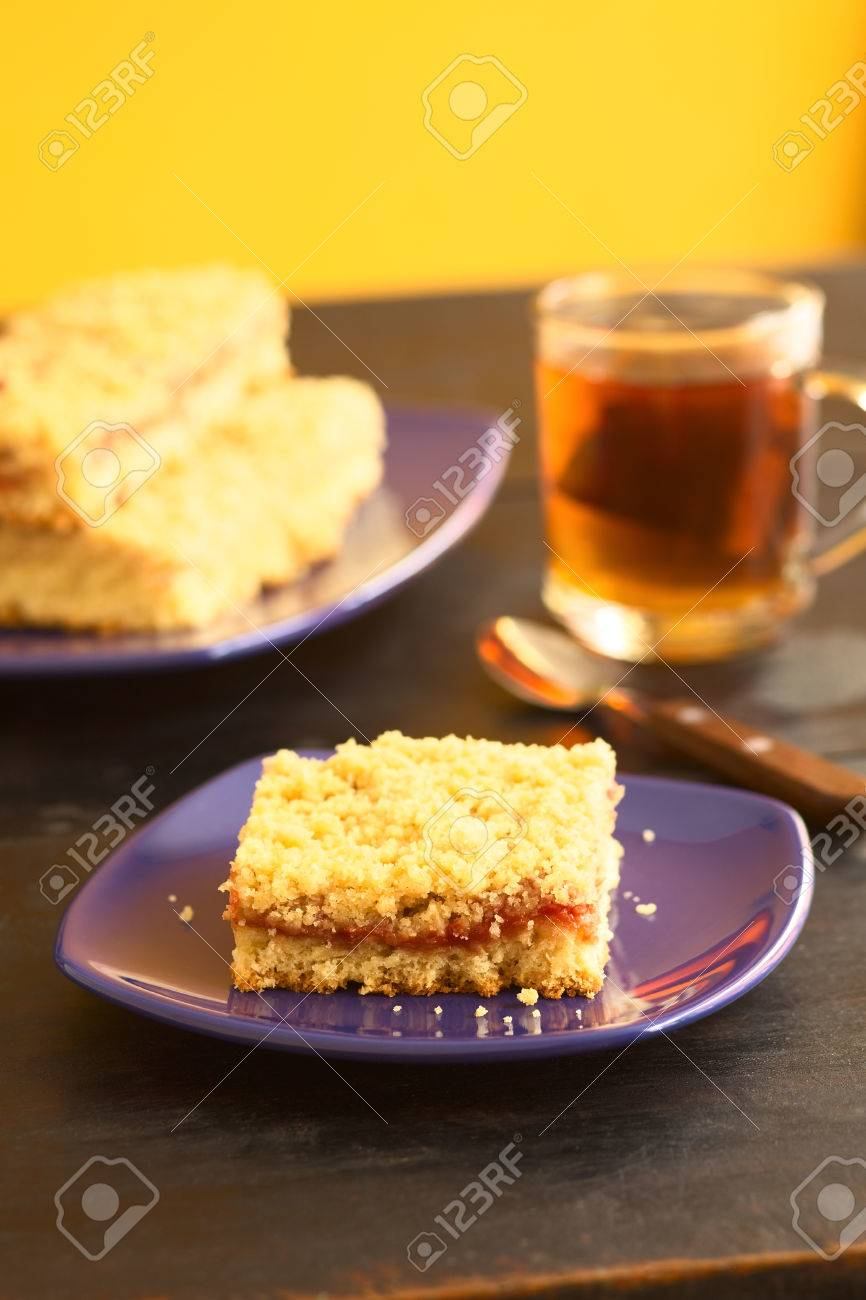 Kuchen Hefeteig Stock Photo