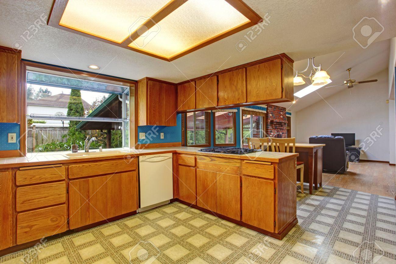 Fußboden Küche Linoleum ~ Linoleum küche linoleum küche solo möbel raum objekt