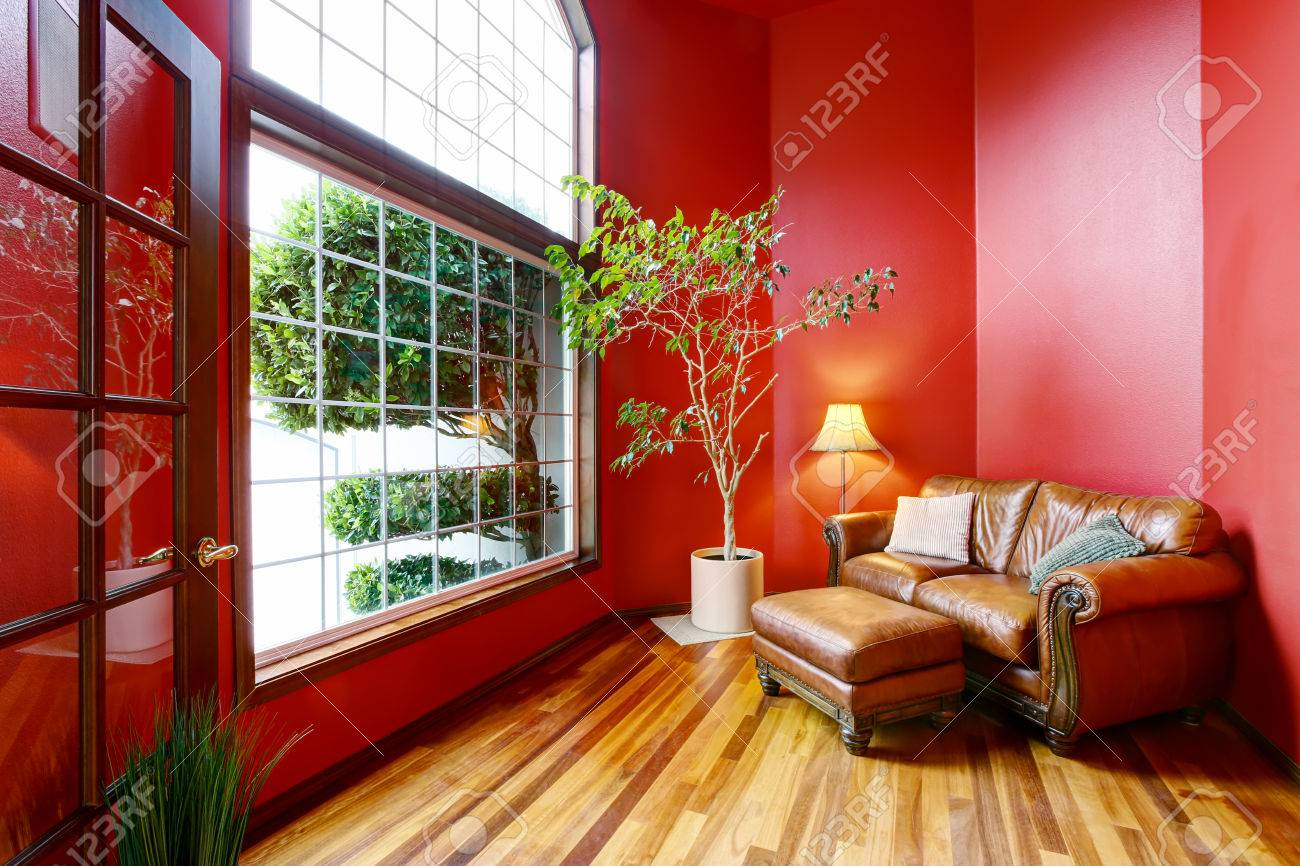 Big Sofa Usa Rest Area With Red Walls Big Window And Leather Sofa Northwest
