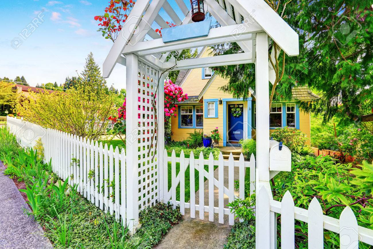Sweet Decorative Stock Small Yellow House Exterior Picket Fence Picket Fence Decorative Picket Fence House Small Yellow House Exterior Sale 10 Percent Down Picket Fence House curbed White Picket Fence House